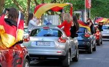 Hẹn hò đến Euro... bằng xe hơi