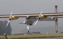 """Máy bay """"xanh"""" bay xuyên lục địa"""