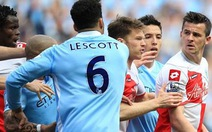 Barton bị phạt nửa triệu bảng Anh