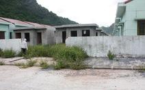 Nhà tái định cư bỏ hoang