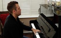 Nghệ sĩ piano một tay
