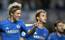 Chelsea giành 3 điểm trong thế... việt vị!