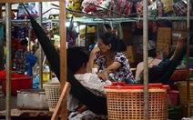 Tiểu thương ngóng chờ chợ mới