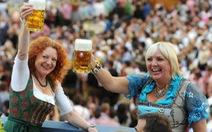 Gần 6 triệu khách tràn ngập lễ hội bia Oktoberfest 2012