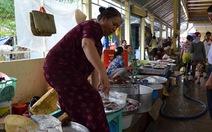 Tiểu thương dị ứng với chợ tư nhân