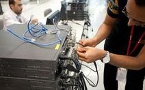 Cisco cắt đứt quan hệ với ZTE