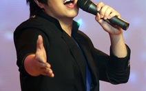 Giới showbiz giúp đỡ ca sĩ Wanbi Tuấn Anh