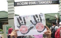 6 nhà báo Indonesia bị binh lính tấn công