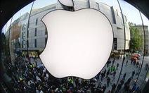 Apple buộc phải xin lỗi Samsung tại Anh
