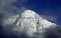 TQ biến đỉnh Everest thành công viên quốc gia