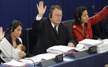 Bé gái tại Nghị viện châu Âu