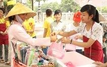 Cơm 5.000 đồng cho người nghèo Hà Nội