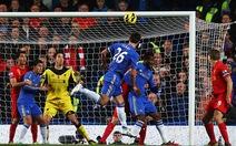 Suarez giành lại một điểm cho Liverpool