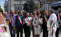 Ý: 1.000 thị trưởng xuống đường, dọa từ chức