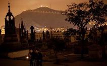Tour du lịch nghĩa trang ở Peru