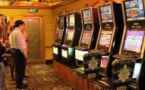 Mở cửa cho báo chí xem máy đánh bạc