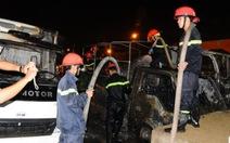 Đà Nẵng: 4 ôtô cháy rụi trong 30 phút