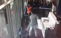 Kỷ luật quan chức Trung Quốc đập phá tại sân bay