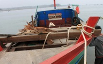 Nghi nổ bình gas trên tàu đánh cá, 9 ngư dân gặp nạn