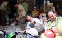 Mũ bảo hiểm dỏm: TP.HCM truy quét, Đà Nẵng bán mũ tốt giá rẻ
