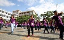 Thư giãn bằng flashmob