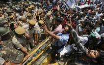 Dân Ấn Độ biểu tình sau vụ bé gái 5 tuổi bị hiếp dâm