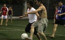Bùng nổ bóng đá phong trào