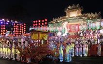 Rực rỡ lễ tế tổ bách nghệ bên dòng sông Hương