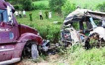 Khởi tố vụ án, bắt giam lái xe container gây tai nạn