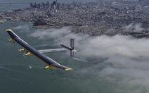 Máy bay năng lượng mặt trời chinh phục bầu trời nước Mỹ