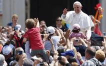 Tại nhiệm 2 tháng, Giáo hoàng Francis I phong thánh hơn 800 vị