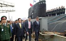 Thủ tướng kiểm tra tàu ngầm Kilo 636 đầu tiên mang tên Hà Nội