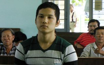 Vị thành niên dẫn gái đâm tú ông 24 nhát, lãnh 10 năm tù