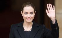 Jolie và quyết định dũng cảm: cắt bỏ bộ ngực