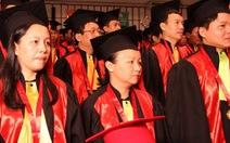 38 tiến sĩ y khoa nhận bằng tốt nghiệp