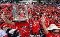 Hàng chục ngàn người phe Áo đỏ biểu tình ở Bangkok