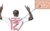 Cầu thủ Sevilla mang hình cổ động viên trên áo