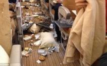 Hành khách khiếp vía vì máy bay Singapore Airlines rơi tự do