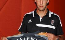 Maarten Stekelenburg đến Fulham, Arshavin rời Arsenal