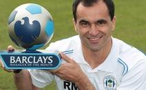 HLV Martinez và tiền đạo Jelavic được vinh danh