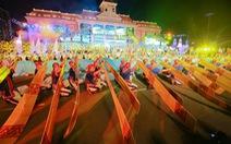 1.000 diễn viên, 10.000 khán giả ngập lễ hội đường phố Nha Trang