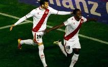 Thua trận, Atl Madrid kém Barca đến 12 điểm
