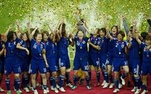Nhật Bản lần đầu lên ngôi