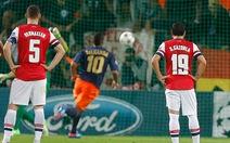Arsenal thắng sát nút, Milan hòa thất vọng tại San Siro