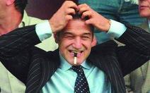 Ông chủ đội Steaua Bucharest bị cấm xuất ngoại