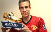 """Van Persie nhận """"Chiếc giày vàng"""" Premier League"""