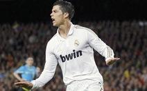 Ronaldo lại dẫn điểm Messi
