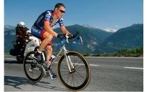 """Armstrong từng """"có quà"""" cho phòng thí nghiệm doping"""