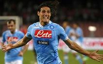 Napoli bắt kịp Juve, thành Milan vui trở lại
