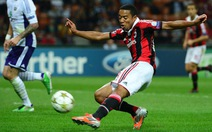 Fulham mua Emanuelson, Bastos về Schalke